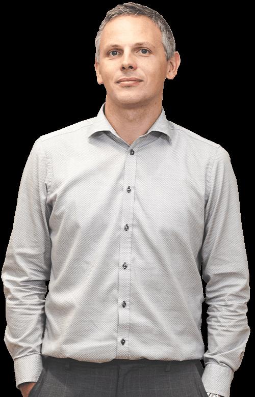 https://www.skupinaprimera.si/wp-content/uploads/2019/10/ekipa_andrej_500x780.png